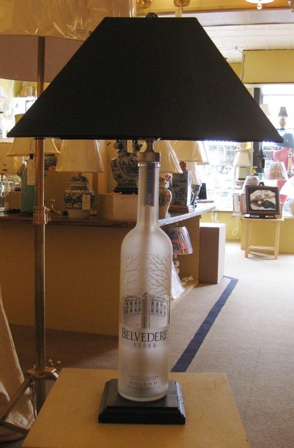 Image 7Belvidere Lamp